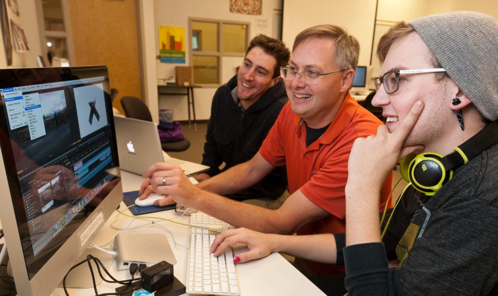 photo- Rob Martin teaches a digital media class