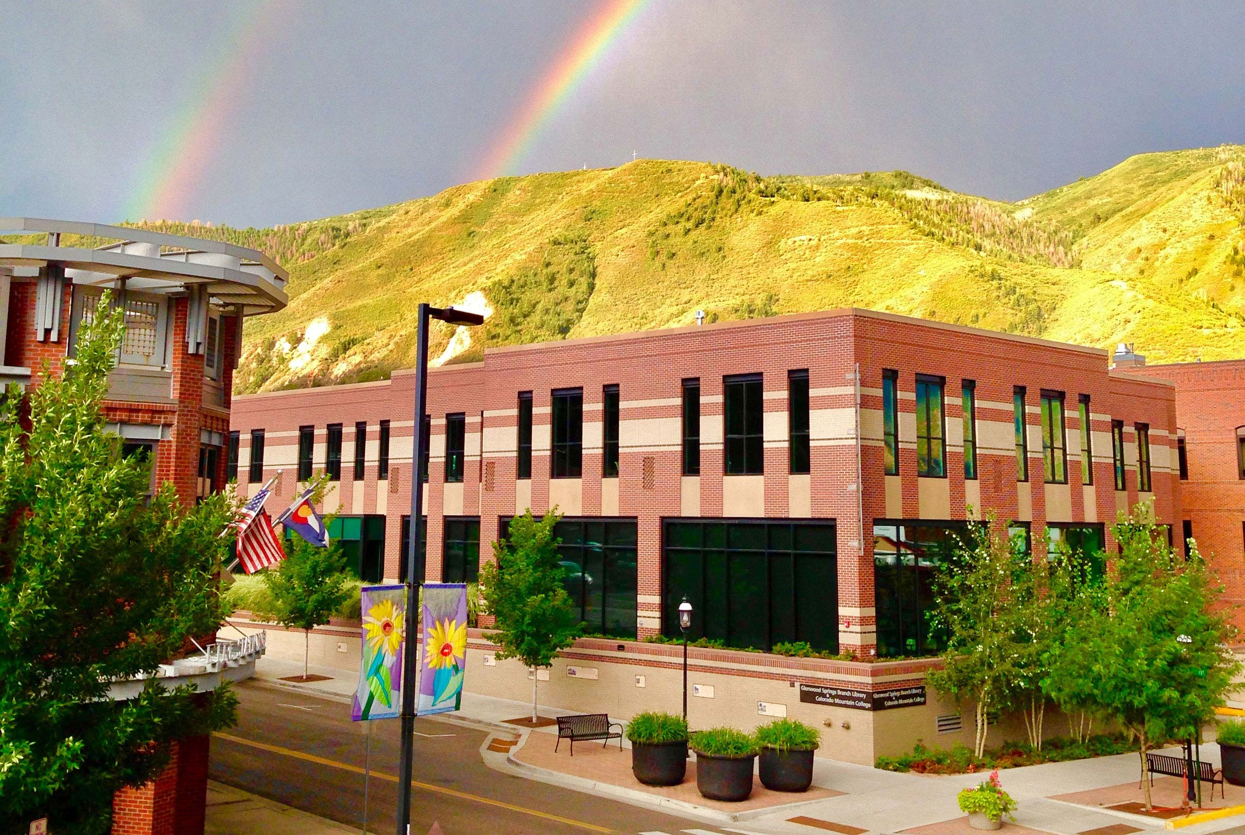 photo: exterior of Morgridge Commons above the Glenwood Springs Branch Library