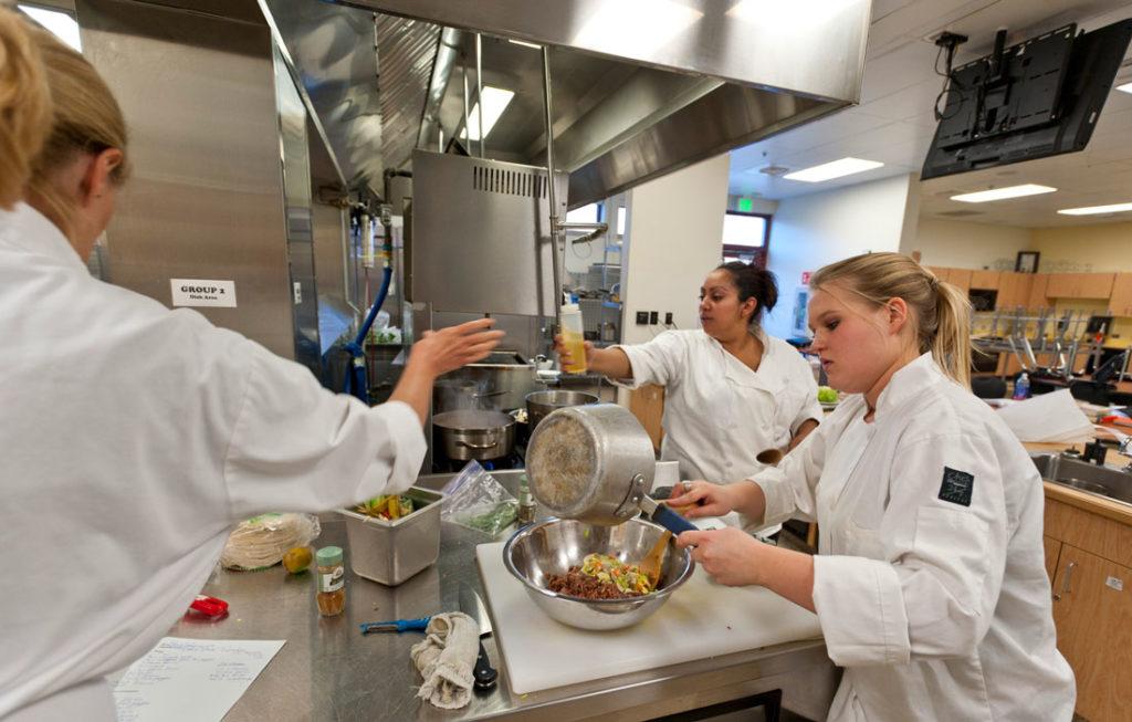 Culinary Arts Internship Track Culinary School With Housing Opportunity
